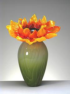 Sunflower in vase: Michael Cohn and Molly Stone: Art Glass Sculpture