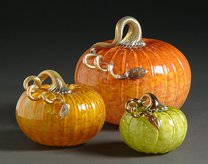 Mottled Pumpkin: Michael Cohn and Molly Stone: Art Glass Sculpture - Artful Home :  art handmade glass home deco