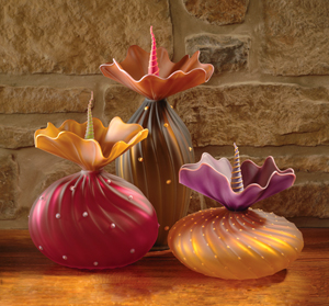 Fall BOBtanical: Bob Kliss and Laurie Kliss: Art Glass Sculpture - Artful Home :  art nature inspired glass vessel
