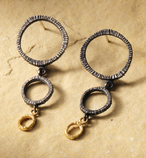 Three Circle Dig Textured Earrings