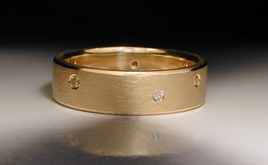 18K Yellow Gold Band with Flush Set Diamonds