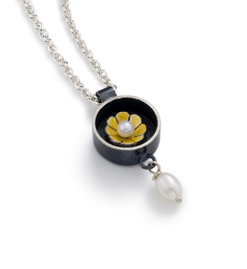 """Black Box Round Necklace"""