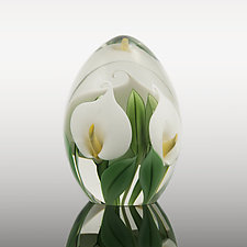 White Calla Lily Paperweight by Bruce  Sillars (Art Glass Paperweight)
