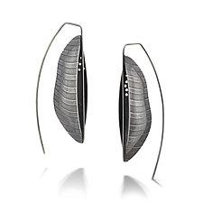 Bateaux Earrings by Sarah Chapman (Silver Earrings)