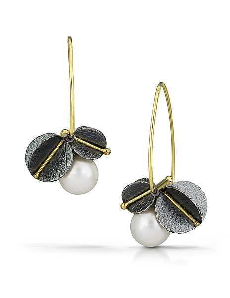 Veinline Pearl Blossom Earrings