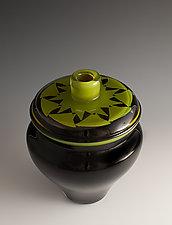 Pattern Top Vase in Green and Black by Richard S. Jones (Art Glass Vase)