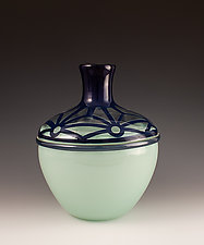 Pattern Top Vase with Star Design by Richard S. Jones (Art Glass Vase)