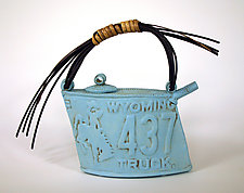 Wyoming Teapot by Susan Wills (Ceramic Teapots)