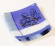 Chicks in Blue by Alice Benvie Gebhart (Art Glass Bowl)