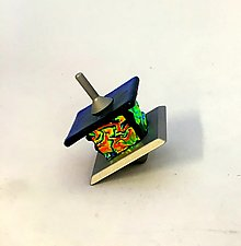 Gold Dichroic Dreidel by Alicia Kelemen (Art Glass Dreidel)