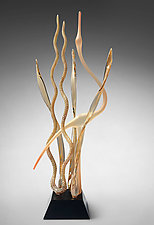 Great Mystic Heron, Apricot by Warner Whitfield and Beatriz Kelemen (Art Glass Sculpture)