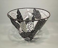 Winter Leaf Basket by Sally Prangley (Wire & Paper Basket)