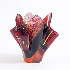Coral by Varda Avnisan (Art Glass Vessel)