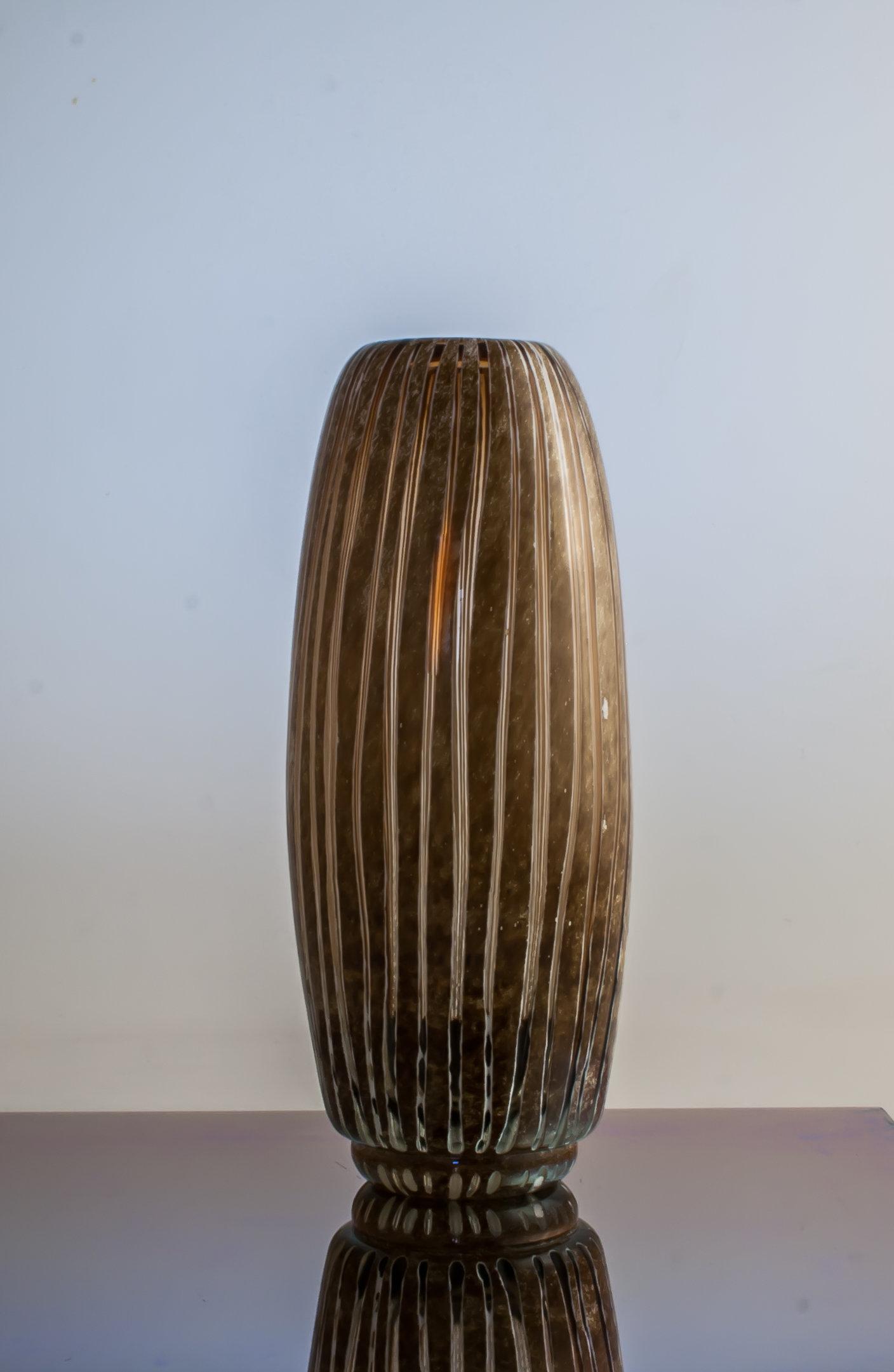 Barrel Vase By Richard S Jones Art Glass Vase Artful Home
