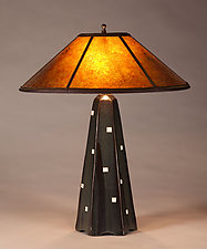 Hopewell Lamp in Onyx with White Squares by Jim Webb (Ceramic Table Lamp)
