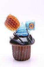 Homers Cupcake by Benjamin Silver (Art Glass Sculpture)