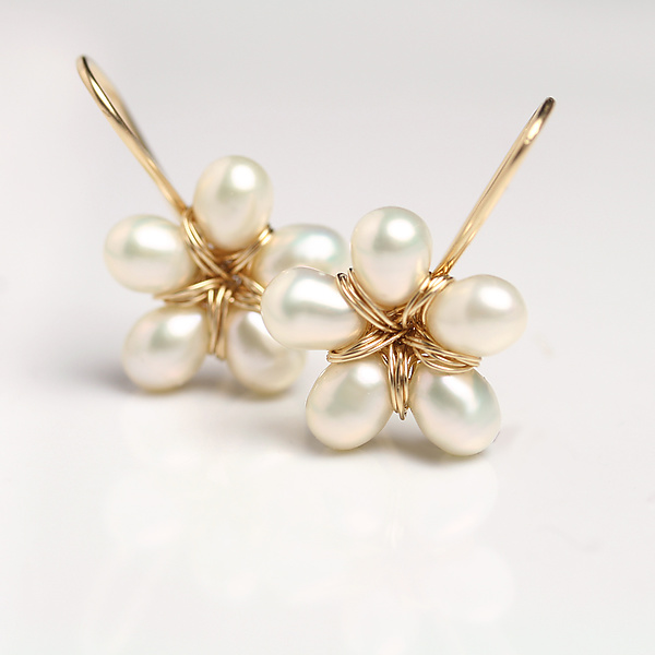Pearl Flower Dangle Earrings