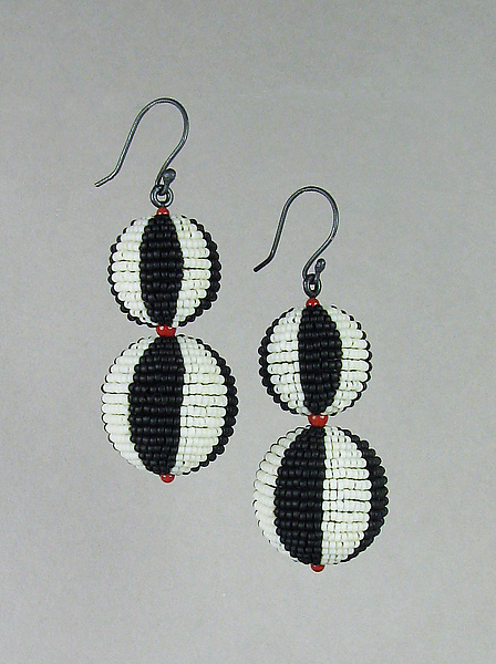Black And White Beaded Bead Earrings With C Accents