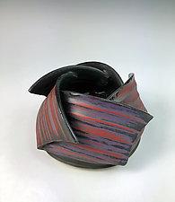 Spiral Ikebana by Thomas Harris (Ceramic Vase)