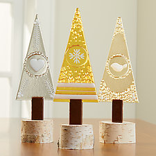 Shimmer Charm Trio by Terry Gomien (Art Glass Sculpture)
