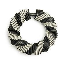 Turning Bracelet by Sophia Hu (Fabric Bracelet)