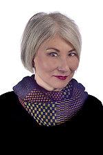Kusuka Mobius Infinity Scarf by Robin Bergman (Knit Scarf)