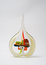 Small Sail in Champagne by Bengt Hokanson and Trefny Dix (Art Glass Sculpture)