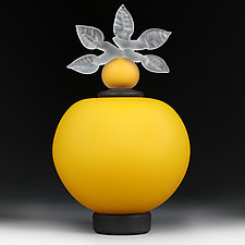 Novi Zivot (New Life) Satin Daffodil by Eric Bladholm (Art Glass Vessel)