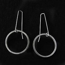 Jane Silver Circle Earrings by Jackie Jordan (Silver Earrings)