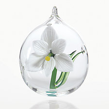 Amaryllis by Dan Albrecht (Art Glass Ornament)