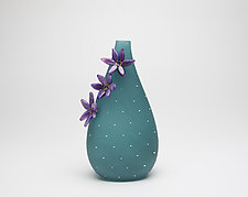 Lagoon Cactus Vessel by Hannah Nicholson & Alana van Altena (Art Glass Sculpture)