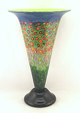 Large Poppy Trumpet Vase by Ken Hanson and Ingrid Hanson (Art Glass Vase)