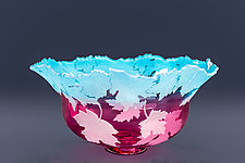Carved Maple Leaves by Cynthia Myers (Art Glass Bowl)