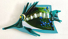 Needle Nose I by Sabra Richards (Art Glass Wall Sculpture)