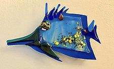Needle Nose X by Sabra Richards (Art Glass Wall Sculpture)