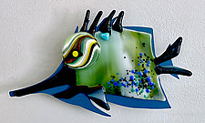 Needle Nose II by Sabra Richards (Art Glass Wall Sculpture)