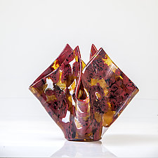 Vessel in Red and Gold by Varda Avnisan (Art Glass Vessel)