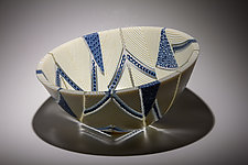 Arrows Bowl in Indigo and Cream by Patti & Dave Hegland (Art Glass Bowl)