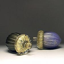 Gold Leaf Acorn by Scott Summerfield (Art Glass Sculpture)