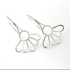 Daisy Earrings by Vickie  Hallmark (Silver Earrings)