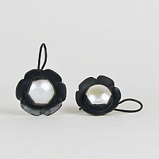 Black and White Pearl Flowers by Julie Long Gallegos (Silver & Pearl Earrings)