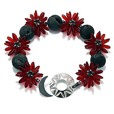 Red Star Flower Bracelet by Kathryn Bowman (Glass Bead Bracelet)