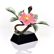 Pink Cherokee Rose and Bud by Hung Nguyen (Art Glass Sculpture)