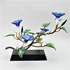 Blue Morning Glory Four Blossoms by Hung Nguyen (Art Glass Sculpture)