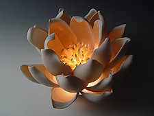 Tulip by Lilach Lotan (Ceramic Table Lamp)