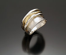 Fun Ring II by Sana  Doumet (Gold & Silver Ring)