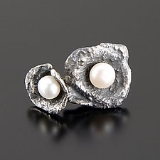 Couple Earrings by Aleksandra Vali (Silver & Pearl Earrings)