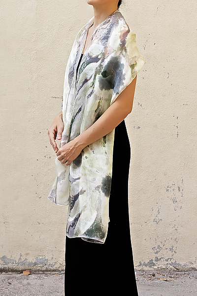 Floral Organza Scarf in White Marguerite