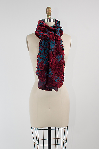 Velvet Flower Petal Print & Pleats Scarf