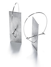 Solitary Plane Earrings by Sarah Mann (Silver Earrings)